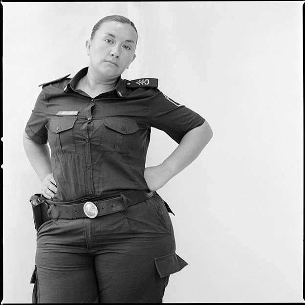 http://marcelobiglia.com/files/gimgs/th-33_Women-uniform_199adjusted.jpg